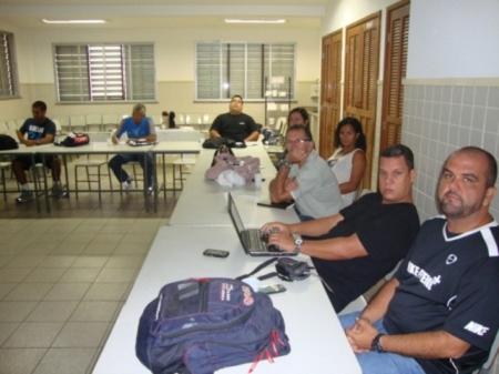 TREINAMENTO DOS PROFESSORES DE ED. FÍSICA PEC – ED. FÍSICA CURRICULAR