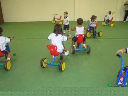 VELOTROL EDUCAÇÃO INFANTIL – MATERNAL I -MANHÃ