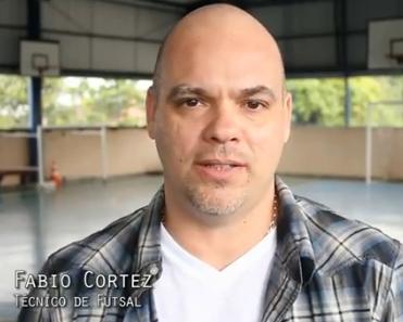Onde está o ex-aluno Fabio Cortez ?