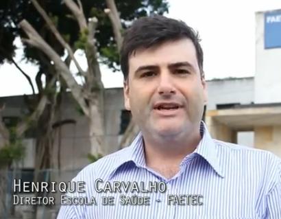 Onde está o ex-aluno Henrique Carvalho?