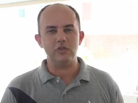 Onde está o ex-aluno Mário Costa Jr.?