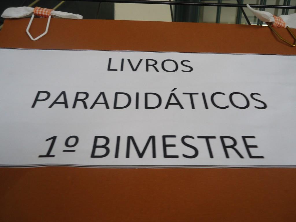 LIVROS PARADIDÁTICOS DO 1º BIMESTRE-BONSUCESSO