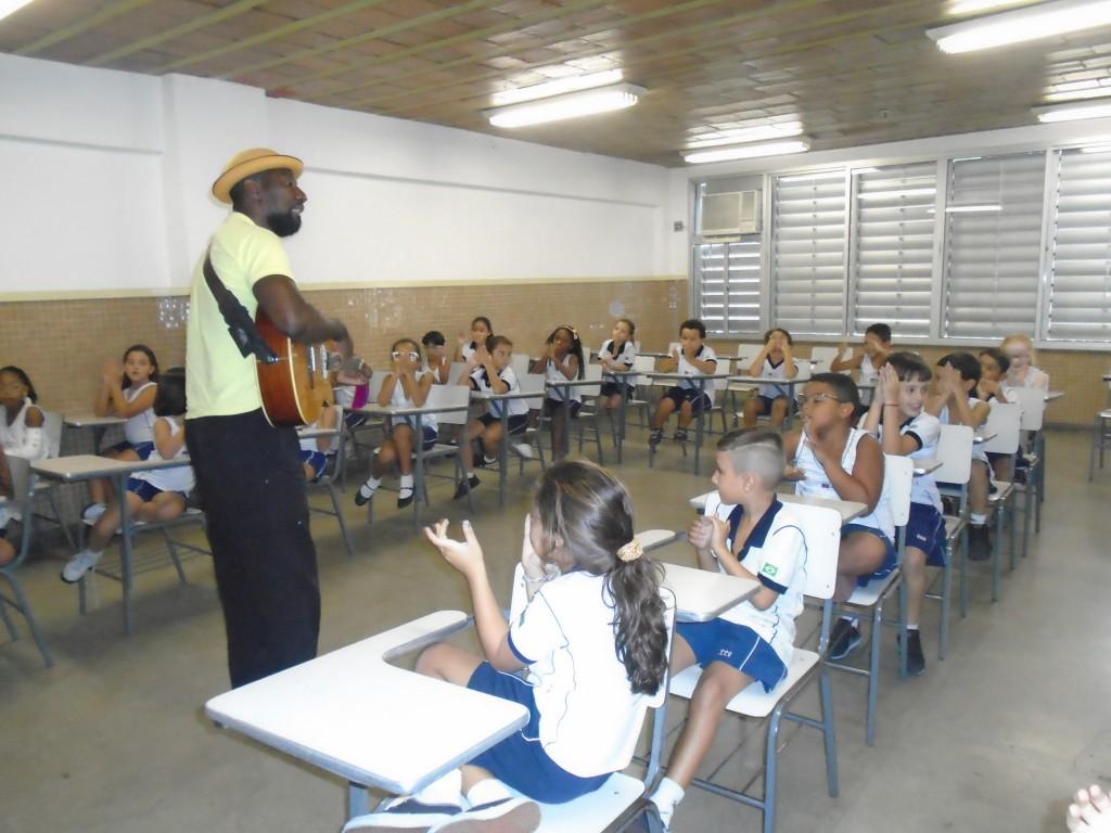 VISITA CONTADOR DE HISTÓRIAS – 2º ANO – BONSUCESSO