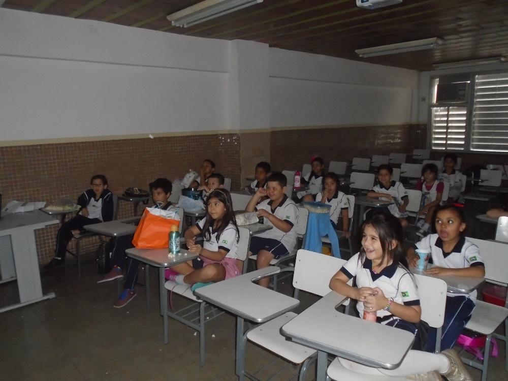 COLÉGIO SANTA MÔNICA – FLORESTA AMAZÔNICA – 1º AT – BONSUCESSO