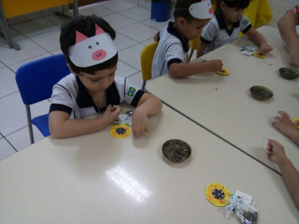 COLÉGIO SANTA MÔNICA – OFICINA DO DIA DAS CRIANÇAS – EDUCAÇÃO INFANTIL – SÃO GONÇALO