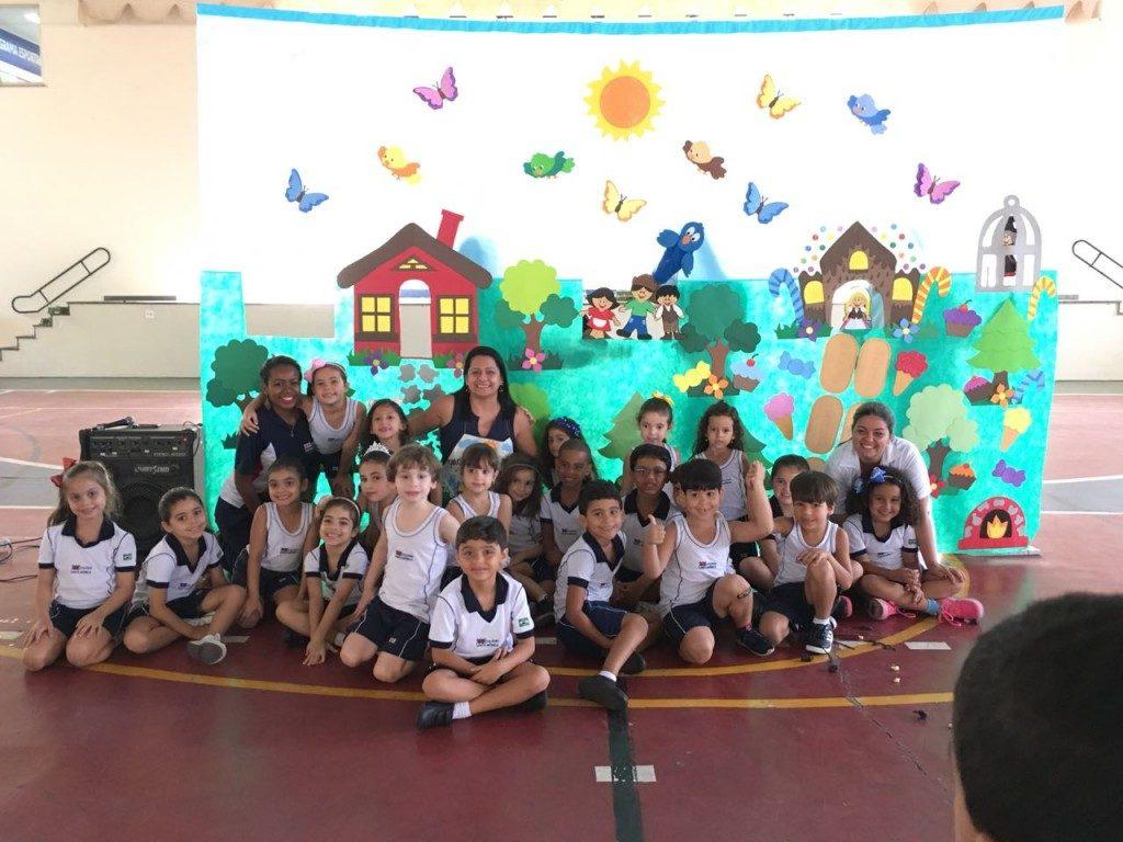 COLÉGIO SANTA MÔNICA – CULMINÂNCIA DE INGLÊS – EDUCAÇÃO INFANTIL – SÃO GONÇALO