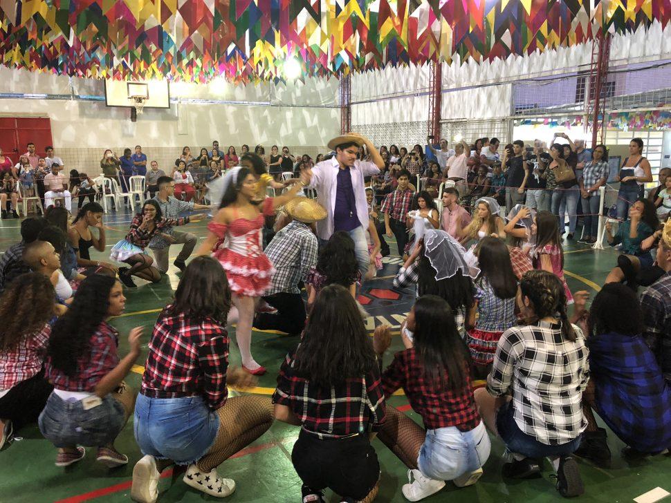 COLÉGIO SANTA MÔNICA – FESTA JUNINA – ENSINO MÉDIO – BONSUCESSO