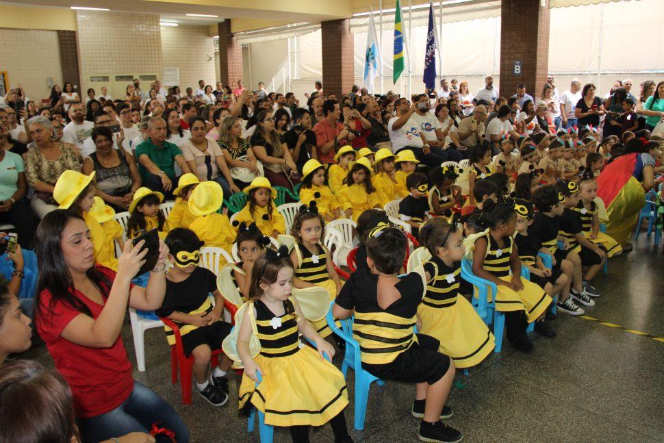 """MUSICAL """"OS CONTOS QUE A FLORESTA CONTA"""" – EDUCAÇÃO INFANTIL (M)"""